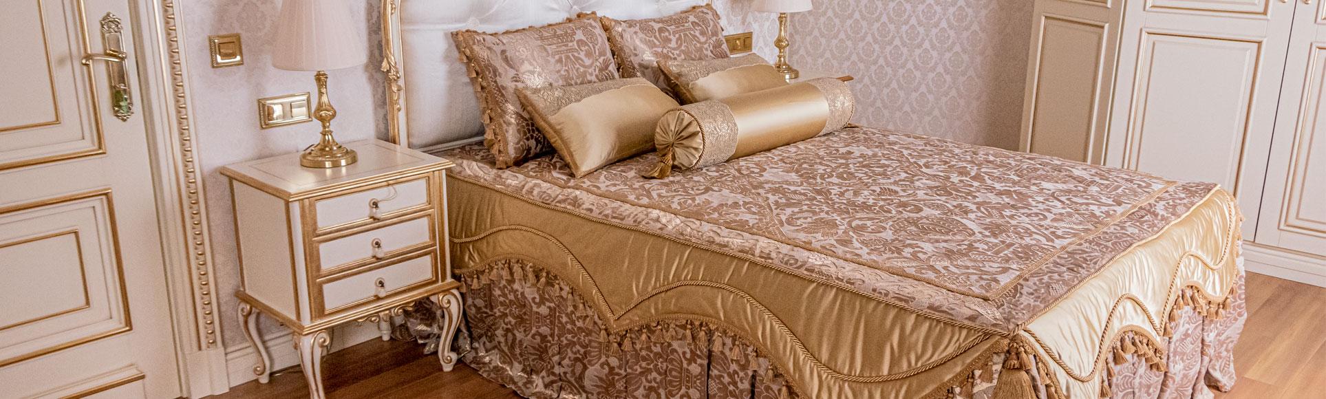 Cпальня в золотом цвете